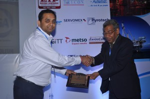 Sanjeev Rai receiving best paper category award from ISA (Delhi) President Mr. S. K. Bardhan
